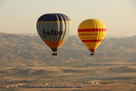 CLICK ON PHOTO FOR MORE BALLOON FLIGHT PHOTOS
